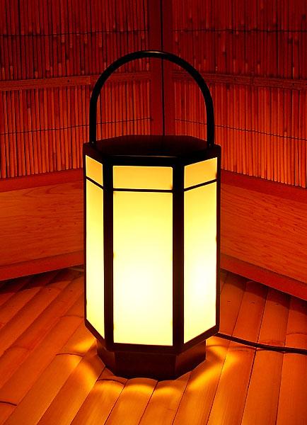 light027_02.jpg